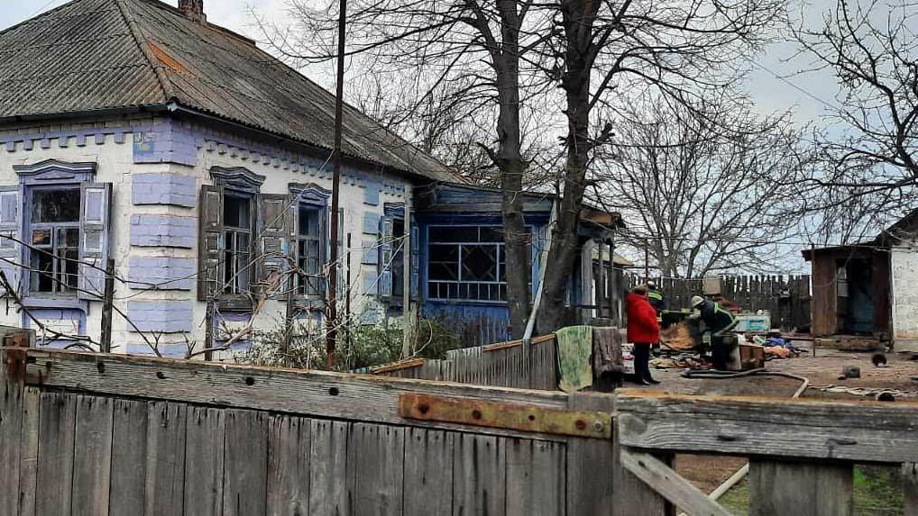 Горіли пральна машина та меблі: на Лозівщині пожежники врятували чоловіка, фото-1