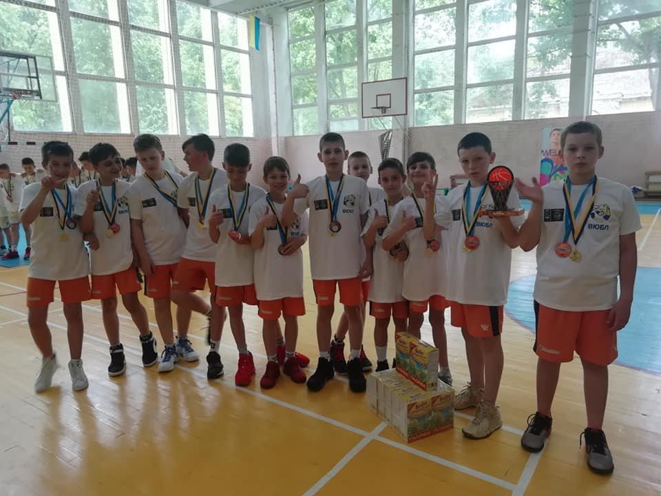 «Забрали всі призи»: лозівські баскетболісти перемогли у дивізіоні «Б» , фото-9