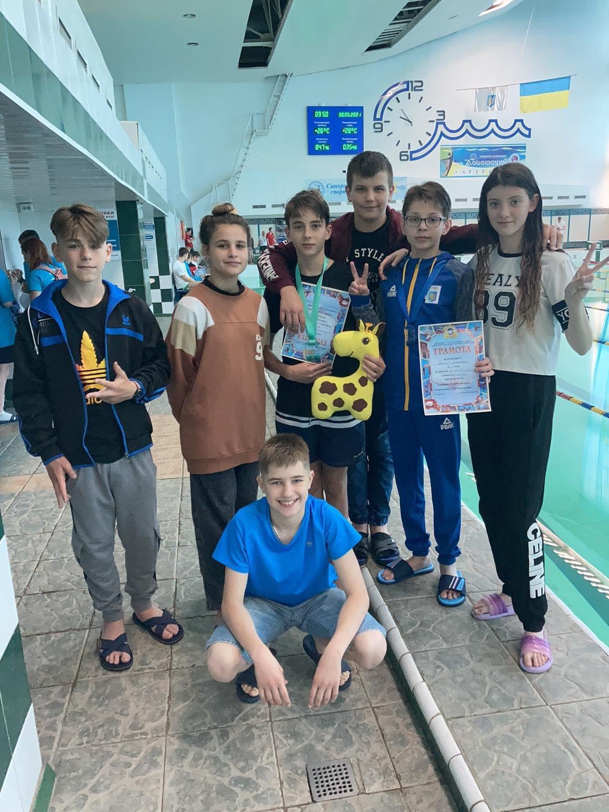 Лозівські плавці та плавчині привезли нагороди зі змагань у Харкові, фото-2
